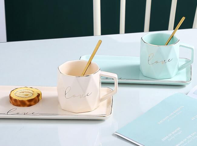 Diamond ceramic coffee cup with tray